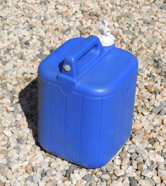 Picture of Your Best Choice Of Small Water Storage Containers For Long Term 5 Gallon Water Storage Containers