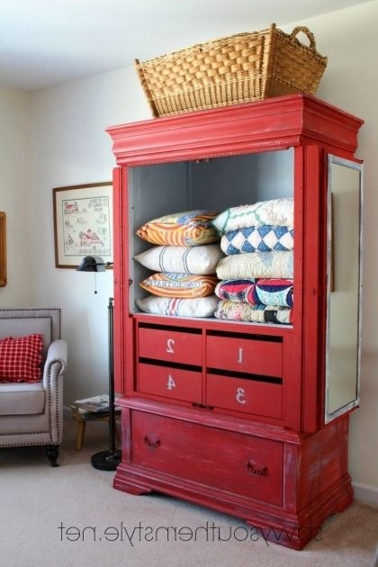 Stylish 25 Best Ideas About Quilt Storage On Pinterest Bookshelf Pantry Quilt Storage Cabinets