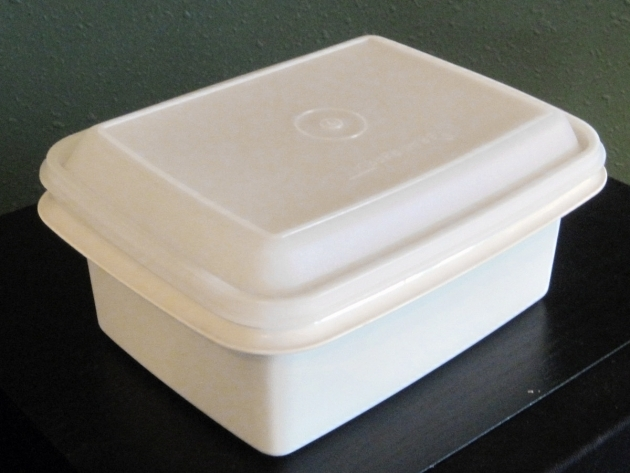 Marvelous Tupperware Ice Cream Or Craft Keeper Tan W Clear Sheer Lid Ice Cream Storage Container