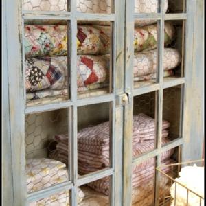 Quilt Storage Cabinets